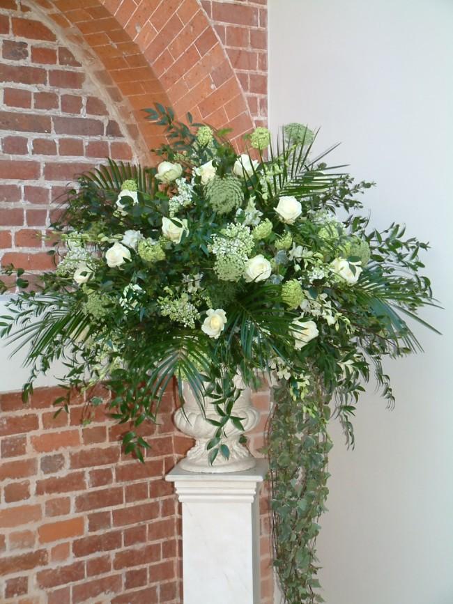 Cream wedding flower urn display