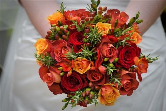 Orange wedding flower inspiration