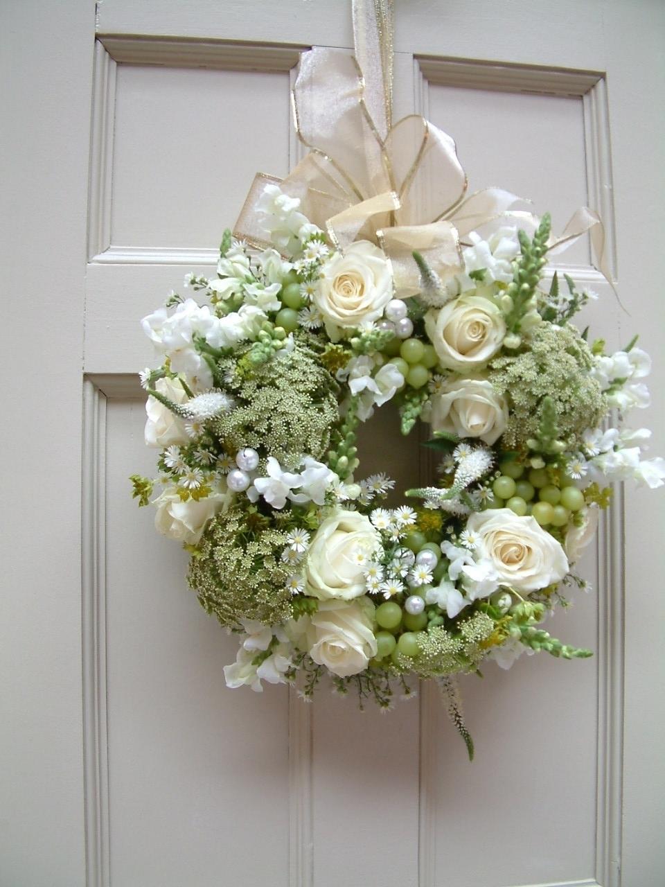 Wedding flower door wreath