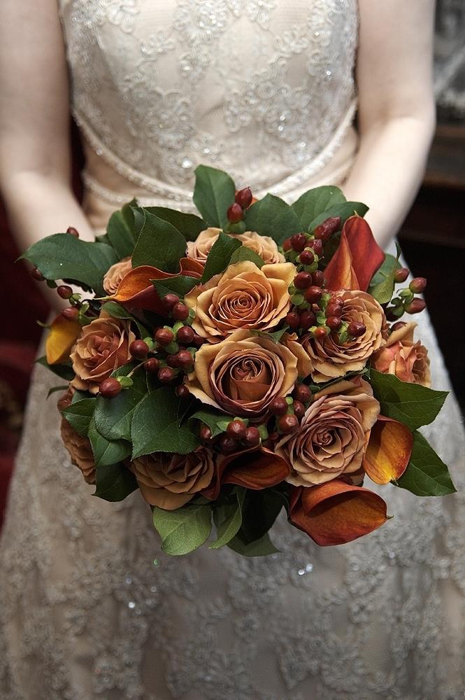 Winter wedding bouquet inspiration