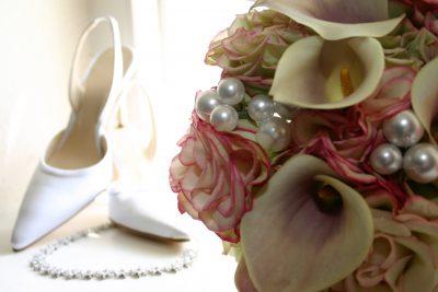 vintage inspired wedding flowers